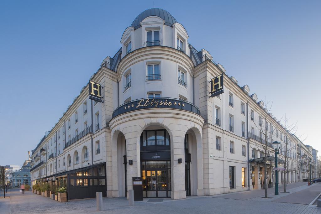 Hôtel l'Elysée Val d'Europe