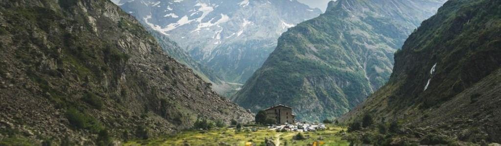 05-hautes-alpes-provence-alpes-cote-d-azur-1lieu1salle-seminaire