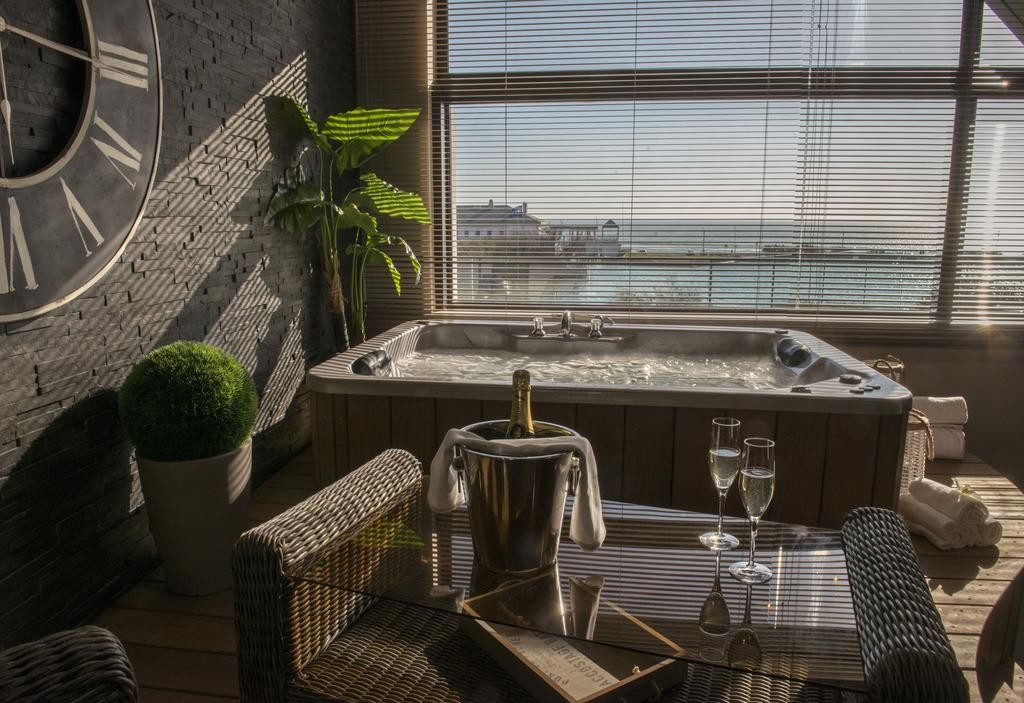 Côte Ouest Hôtel Thalasso & Spa Les Sables d'Olonne – MGallery by Sofitel