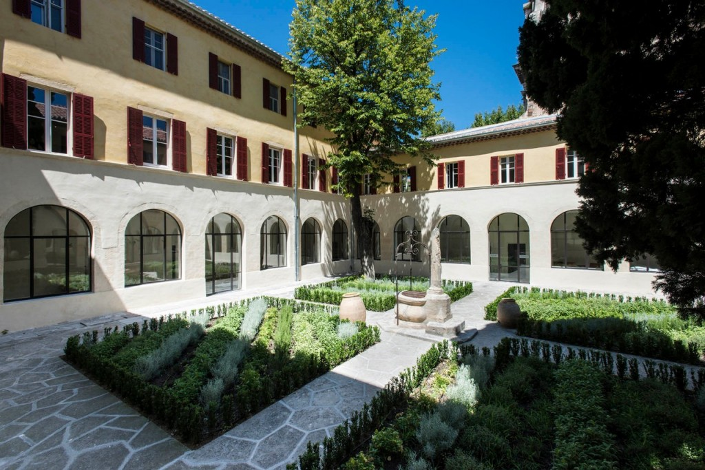 Hôtel Jules César MGallery
