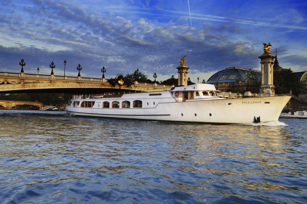 Yachts de Paris
