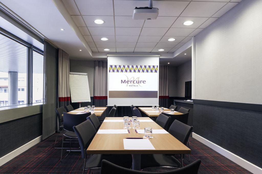 Mercure Paris La Défense Grande Arche